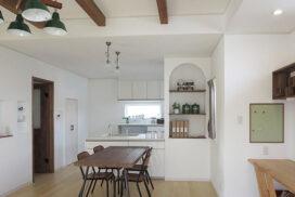 #17 真っ白なカルクウォールの家