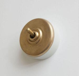 陶器スイッチ ブラスホワイト 5,800円(税別)