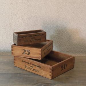 小箱3個セット 3,200円(税別)